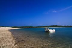 (flyyen) Tags: blue sea sky beach boat canoneos450d tokina1116mmf28