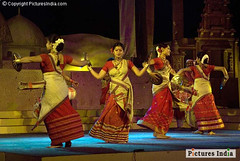 Rangoli bihu dance is a folk dance form of Assam