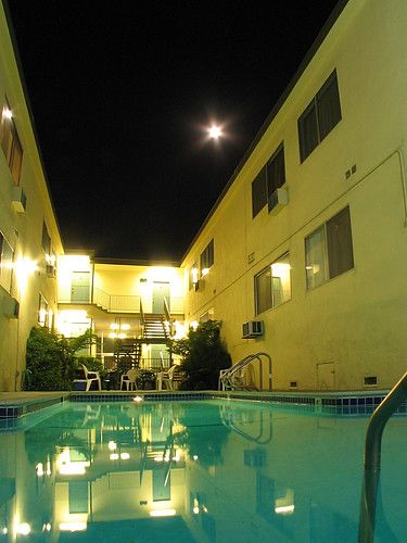 Full Moon Pool-2