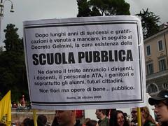 Necrologio (Gaiux) Tags: roma università protesta 2008 proteste scuola manifestazione sciopero riforma facoltà finanziaria istruzione sindacato sindacati gelmini 30102008 legge133