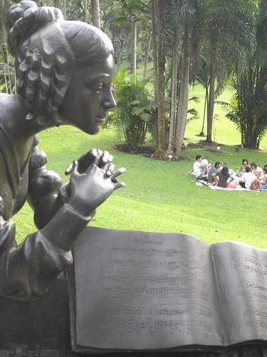 chopin statue, botanic gardens 2
