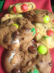 Christmas M&M Chocolate Chip Cookies 3
