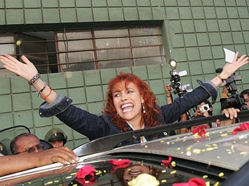 Magaly Magali Medina Libre 31 Diciembre Urraca TV Libertad