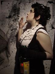 Lady Four Roses (Issis Starlust) Tags: retro alcohol guante cabaret bourbon pintura cigarro barroco fourroses cabaretera issis
