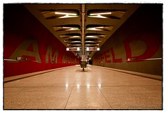 AM MOOSFELD  -  AM MOOSFELD (yART photography) Tags: red subway munich mnchen solitude yvonne soe wmp ubahnstation awesomeshot supershot ammoosfeld abigfave rubyphotographer canoneosrebelxsi unusualviewsperspectives sigmaex1020mm456dchsm martejevs
