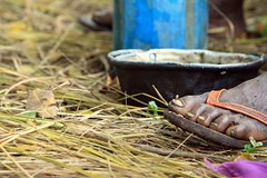 The foot (andreea_gerendy) Tags: africa blue orange woman grass yellow metal closeup foot african fingers straw lila flipflop pot nails congo congolese