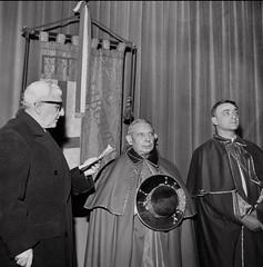 Il sindaco Giuseppe Dozza e il cardinale Giacomo Lercaro