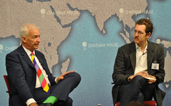 Jon Snow and Ben Hammersley (Chatham House, London) Tags: chathamhouse internationalrelations internationalaffairs royalinstituteofinternationalaffairs