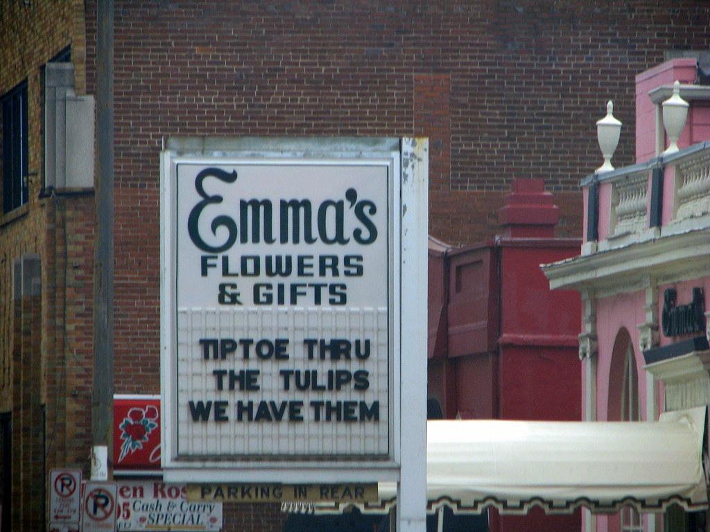 Emma's Florist sign