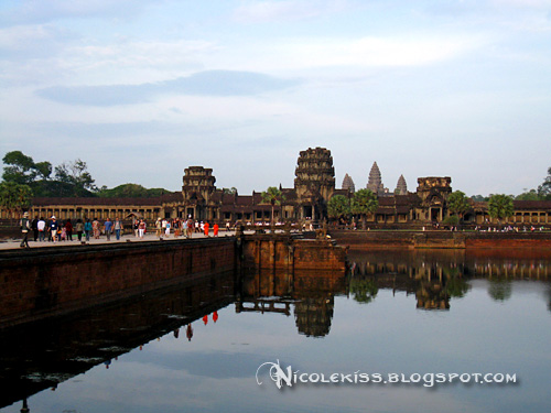 angkor wat close