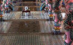 Cao Dai before prayer (Timothy Neesam (GumshoePhotos)) Tags: religious prayer religion ceremony cao dai service timothy hdr neesam photomatix