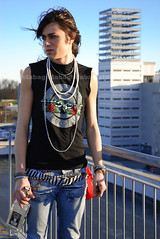 Riccardo - America (tabagista) Tags: boy roses sky fashion rock america jack daniels glam guns gunsnroses riccardo tabagista