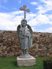 "Astorga Angel • <a style=""font-size:0.8em;"" href=""http://www.flickr.com/photos/48277923@N00/2623075564/"" target=""_blank"">View on Flickr</a>"