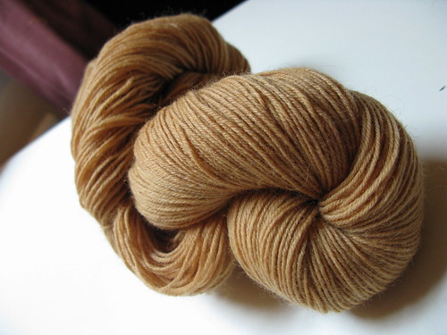 tea-dyed sockyarn