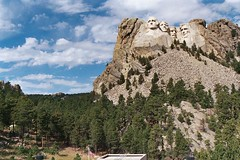 Mt Rushmore, South Dakota. (Wombatunderground1) Tags: southdakota blackhills liberty freedom roadtrip monuments georgewashington impressive abrahamlincoln mtrushmore rapidcity thomasjefferson teddyroosevelt
