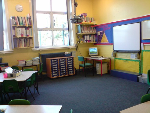 SMARTBoard and PC in corner