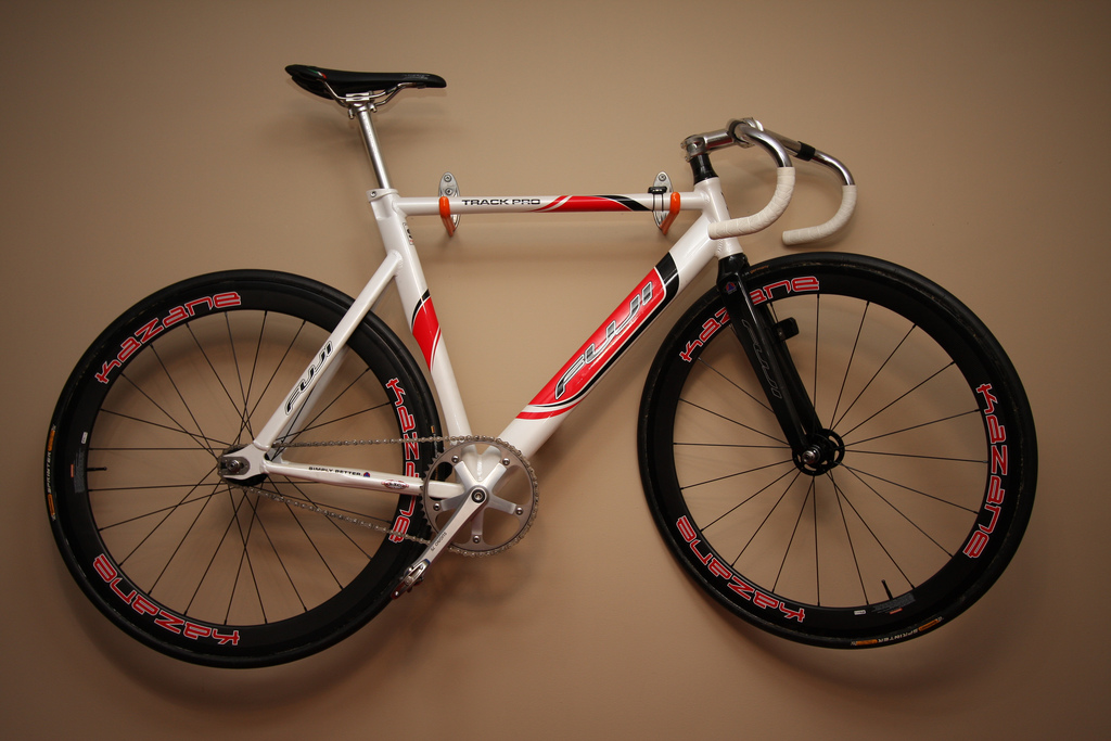 Ckdake's Fuji Track Pro with Kazane carbon wheels