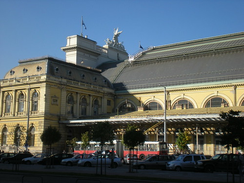The central Budapest train station on Oct. 18, 2008. Photo by Sean Blanda.