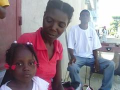 dieunika and her parents