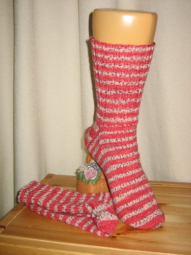Red Stripes Opal Socks