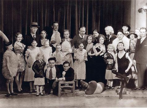 Freaks, foto de familia