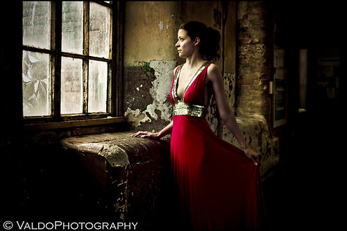 And she waited patiently for her prince to come only to discover that she was standing in the wrong window...