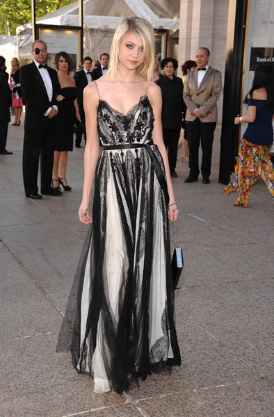 Actress Taylor Momsen attends the 68th Annual American Ballet Theatre Spring Gala at the Metropolitan Opera House on May 19, 2008 in New York City.