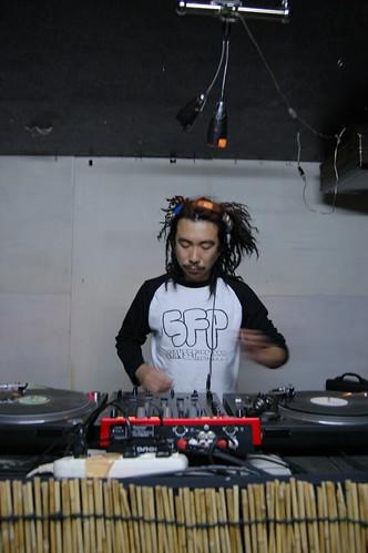 DJ NOBU兄