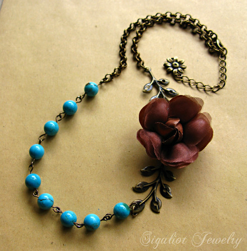 Chocolate silky rose necklace