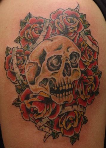 cropped skull n roses
