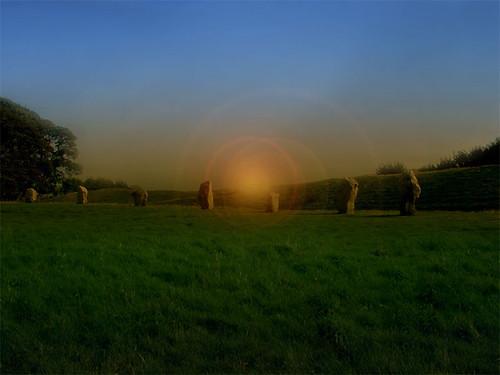 """Menhires, Signos de tiempo y mapas astronómicos de la prehistoria. • <a style=""""font-size:0.8em;"""" href=""""http://www.flickr.com/photos/30735181@N00/2294604963/"""" target=""""_blank"""">View on Flickr</a>"""