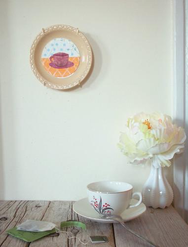 Tea Cup Cameo
