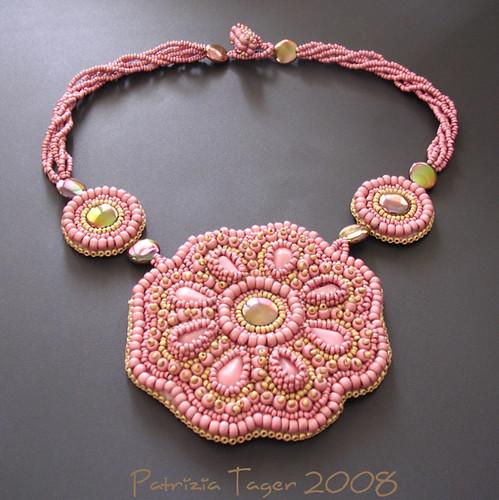 pink flower neck 02