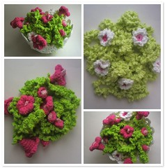 Blomgirlanger! (TM - the crocheteer!) Tags: pink flowers white cute green fdsflickrtoys crochet rosa craft vine garland tm blommor bine vitt flowery croche grn vit hkeln virka virkkaus virkat designbyme ranka hekling grnt towemy filetcrochet uncinetto virkad girlang blomranka tmcrocheteer