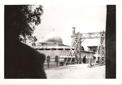 Unknown location in Egypt, Iraq, or Saudi Arabia; about 1950.   مكان غير معروف في مصر أو المملكة العربية السعودية عن عام 1950. (David C. Foster) Tags: minaret islam egypt mosque kuwait saudiarabia 1950 الكويت