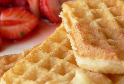 Sheila's Basic Waffles mit Erdbeeren