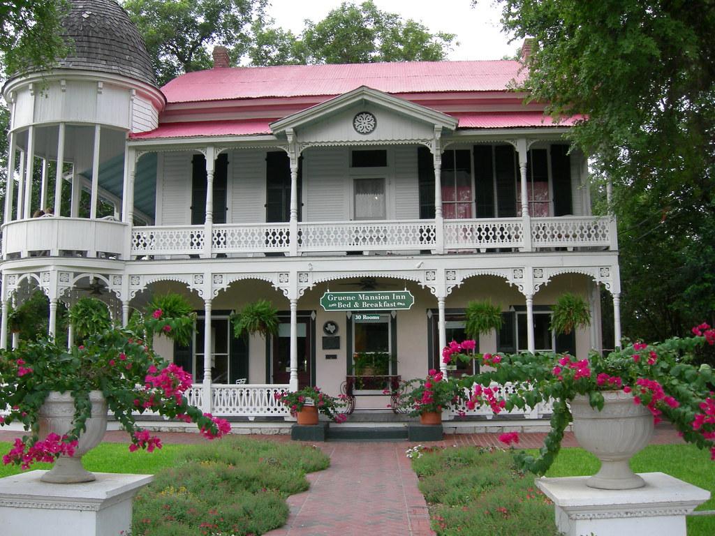 The Gruene Mansion Inn