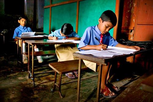schoolchildren in sanorgaon, by phitar