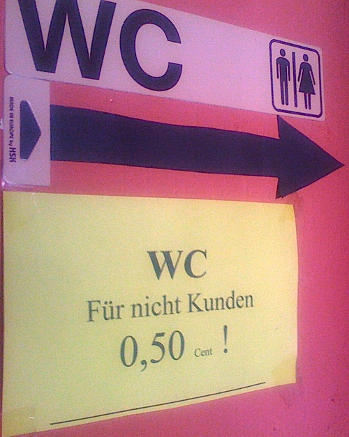 Lustiges WC-Schild