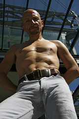 Jeanshunk_3016 (picman1108) Tags: man male belt chest hunk crotch jeans levis bulge