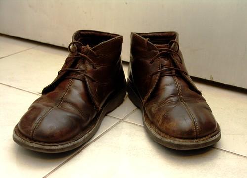 brown tile shoes boots laces jorieljimenez