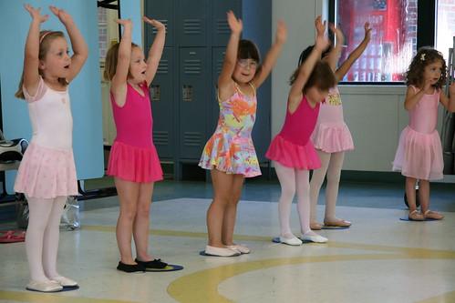 Dova's dance line