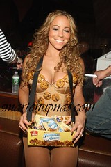 mariah carey looks good