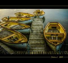 Barques (France, Chteau de Chambord) (Frdric.L) Tags: france boats bateaux chambord hdr barques chteaux specialtouch overtheexcellence multimegashot artofimages bestcaptureaoi frdriclavaux