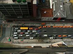 Parece tudo de brinquedo (DeniSomera) Tags: avenida brinquedo curitiba carros rua alto trânsito visão