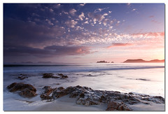 Coromandel Sunrise (67Bosely) Tags: newzealand white beach sunrise rocks coromandel cpl gnd firstsunrise opito