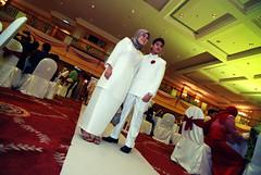 DSC_7457 (Nadzri Muhamad) Tags: wedding 50mm nikon candid putrajaya selangor perkahwinan malaywedding photogarpher d80 persandingan jurugambar jurufoto dewanseriendon