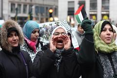 Palestina liberaaaaa!!! (polline) Tags: woman women milano hijab donne urbanjungle presidio gaza palestina urlo freepalestine manifestazione ragazze sanbabila polline cronacheurbane