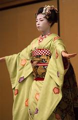 Kyomai, Maiko Takahina #4 (Onihide) Tags: japan kyoto maiko hanamachi kyomai gionkobu takahina