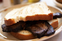 brisket sandwich @ pies-n-thighs
